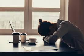 Ini Alasan Kenapa Kamu Sering Merasa Lelah dan Gak Bersemangat